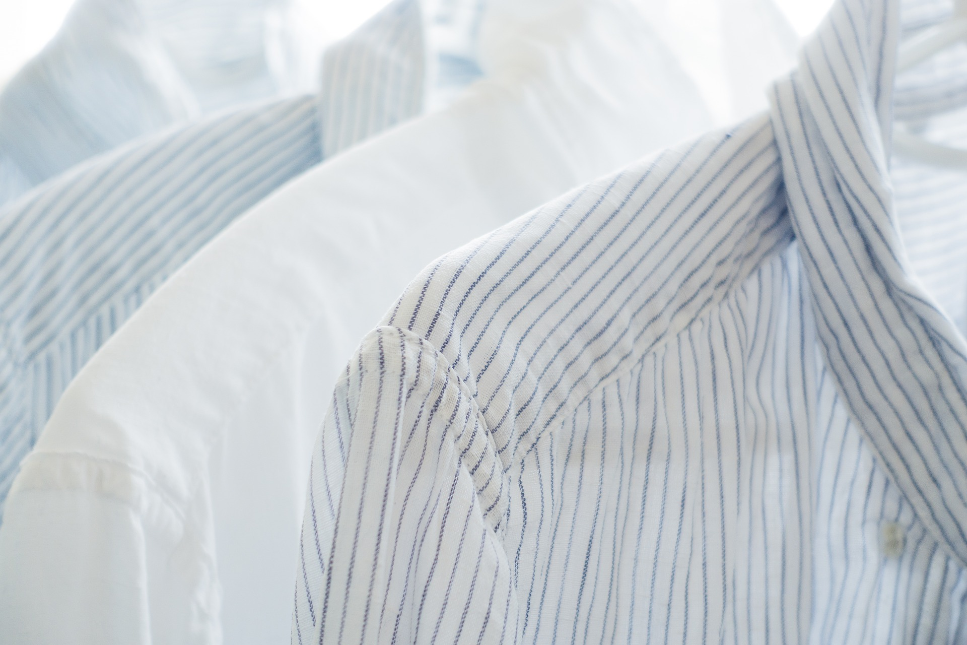 Schweißflecken aus Hemd entfernen